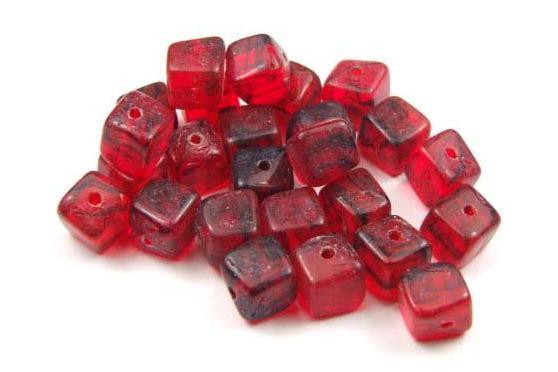 Glasperlen, Würfel, rubinrot marmoriert, 6mm