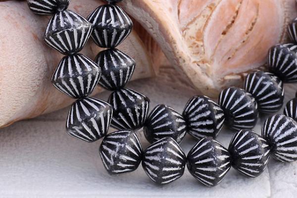 Doppelkegel, böhmisch, schwarz-weiß, 9x7mm
