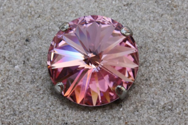 SWAROVSKI® ELEMENTS 1122 - Rivoli im Kessel, Light Rose, 14mm