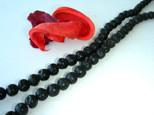 Lava Perlen, Strang, rund, schwarz, geölt und poliert, 8mm