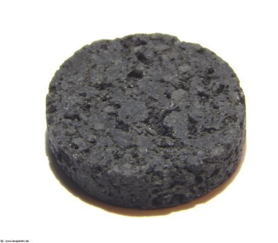 Lava Kreis, schwarz, offenporig, 26x6mm