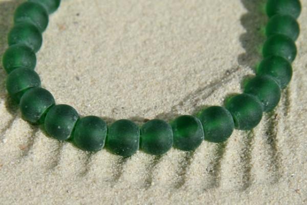 Glasperlen, dunkelgrün, mattiert, 6mm