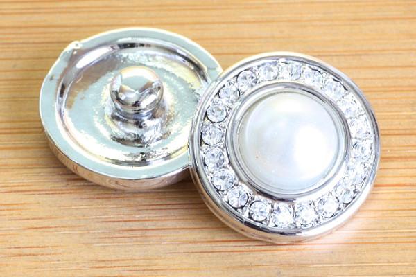 Click-Button, weiß mit Strass, 20mm