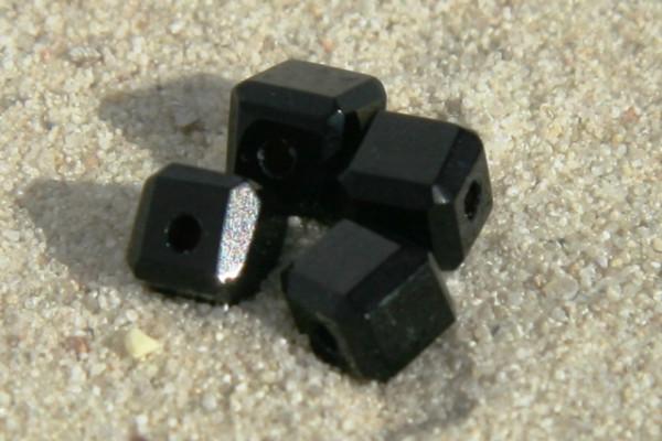 Glaswürfel mit Schliff, schwarz, 4x4mm