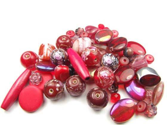 Konvolut, Perlenmischung, rot