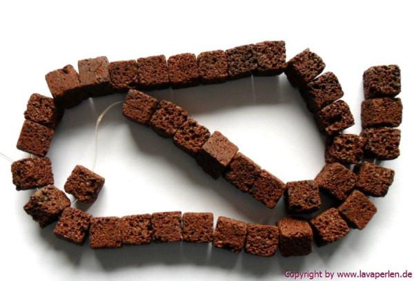 Strang Lava-Würfel, braun, naturbelassen, 10x10mm