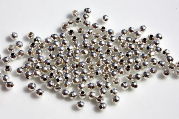 Metallperlen, schlicht, Kugel, versilbert, 2.4mm, 50 Stück