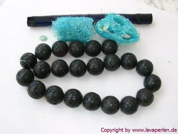 Lavaperlen, Strang, rund, schwarz, geölt und poliert, 18mm