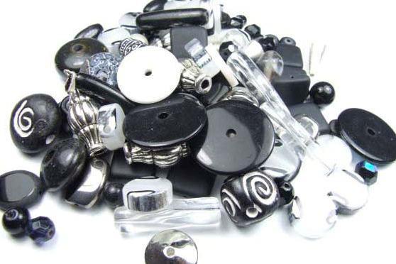 Konvolut, Perlenmischung, schwarz-weiß