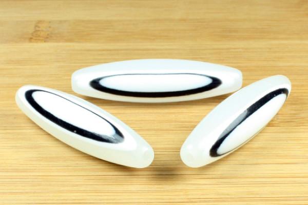 Acrylperlen, Oliven, weiß mit Muster, 55mm