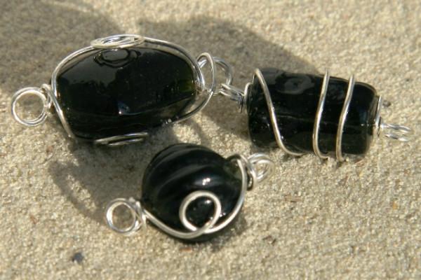 Lampenperlen, in Silberdraht gewickelt, schwarz, 8mm