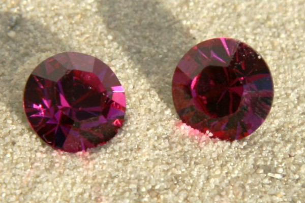 SWAROVSKI® ELEMENTS Chaton 1028 ss39, Fuchsia, 8mm