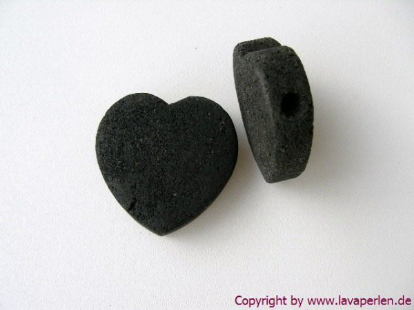 Lava Herz, schwarz, horizontal begohrt, 30x30x10mm