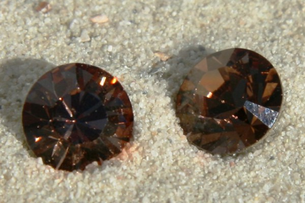 SWAROVSKI® ELEMENTS Chaton 1028 ss29, Light Smoked Topaz, 6mm