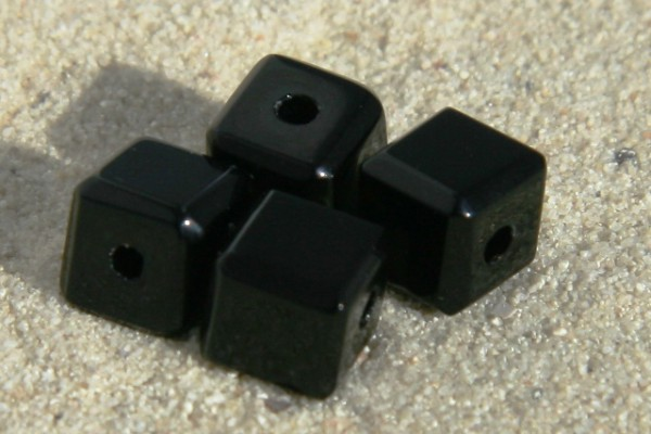 Glaswürfel mit Schliff, schwarz, 8x8mm