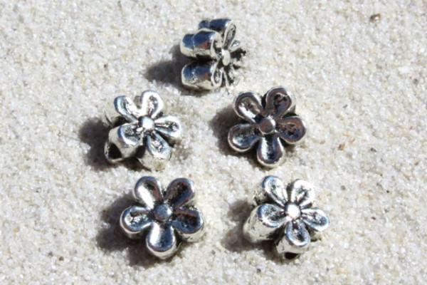 Metallperle, Blume, versilbert, 5mm